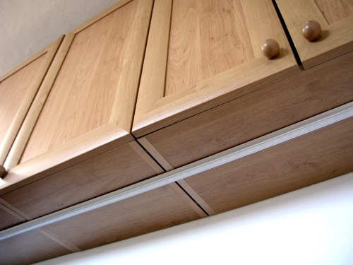 LED profily pro kuchyňské linky - LIGHTRONIC 90ca576b41